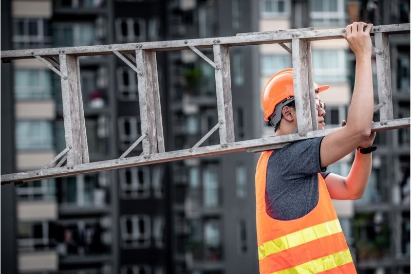 identifying hazards on a construction site